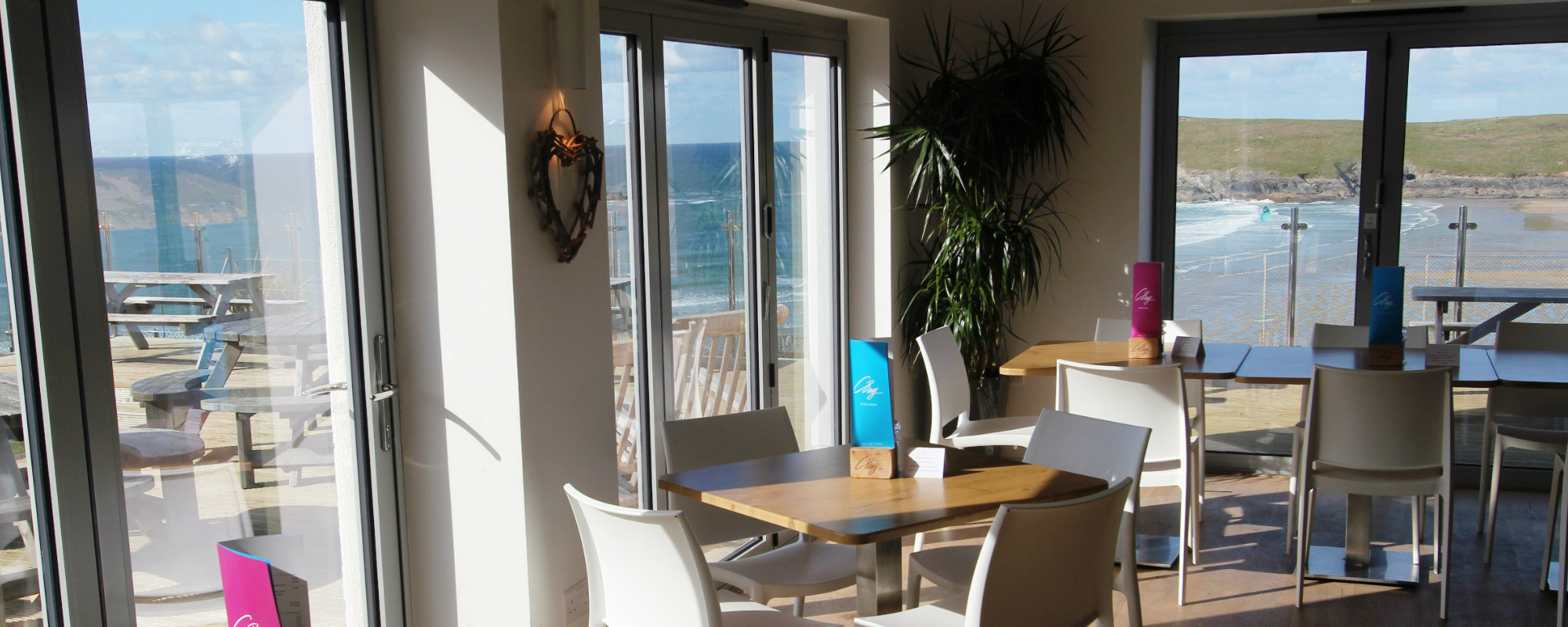 C Bay Cafe Bar Bistro - Welcome to Crantock Bay