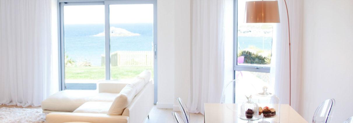 Apartment 3 Crantock Bay bedroom 1210x423 - Holiday Apartment 3