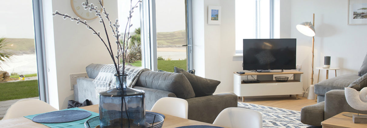 Crantock Bay Apartment 1 living room 1210x423 - Holiday Apartment 1