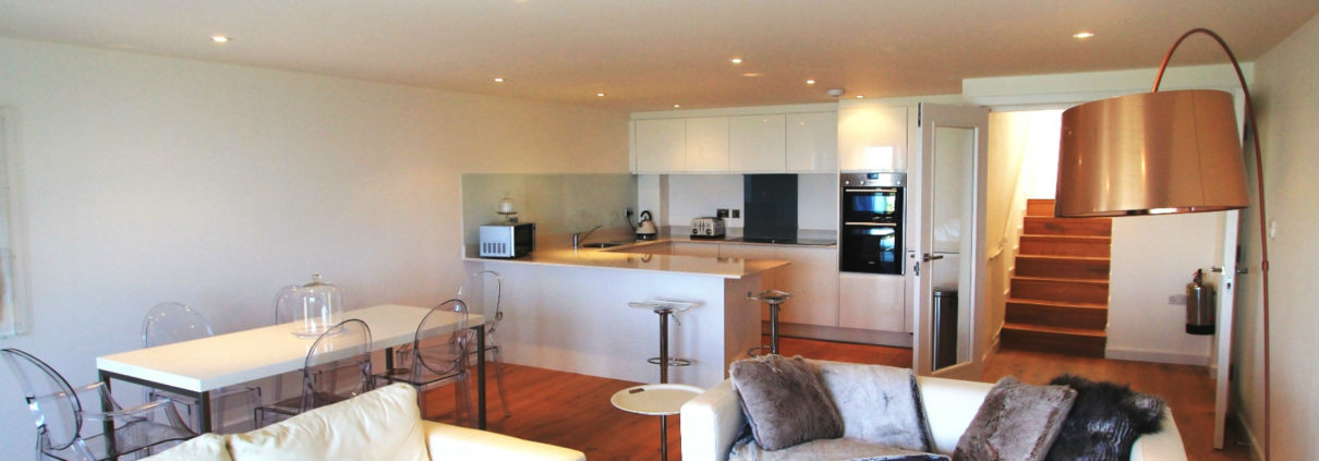 Crantock Bay Apartment kitchen 1210x423 - Holiday Apartment 3