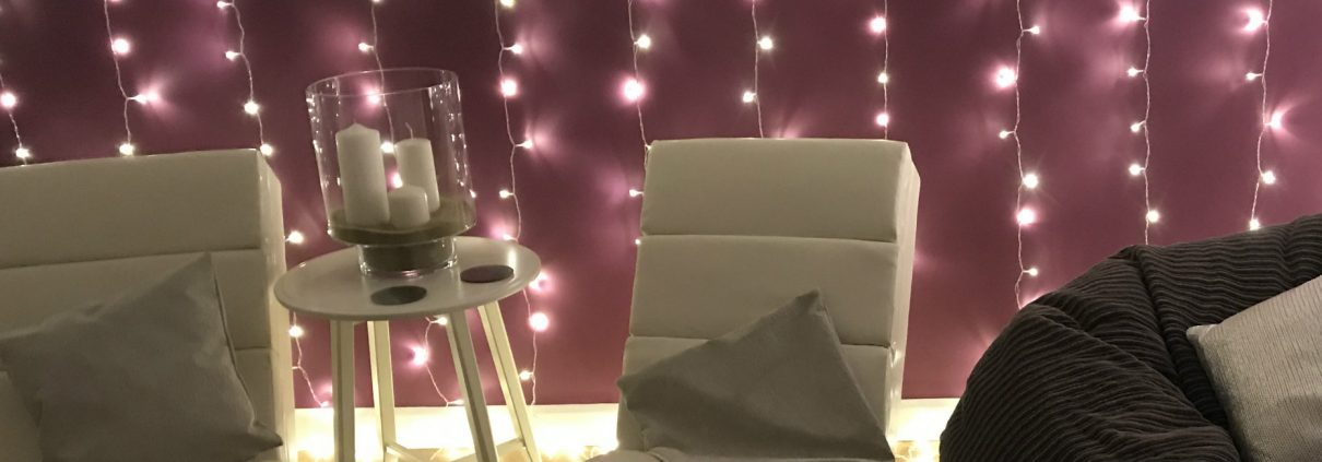 Crantock Bay Spa relax room 1210x423 - News & Blog