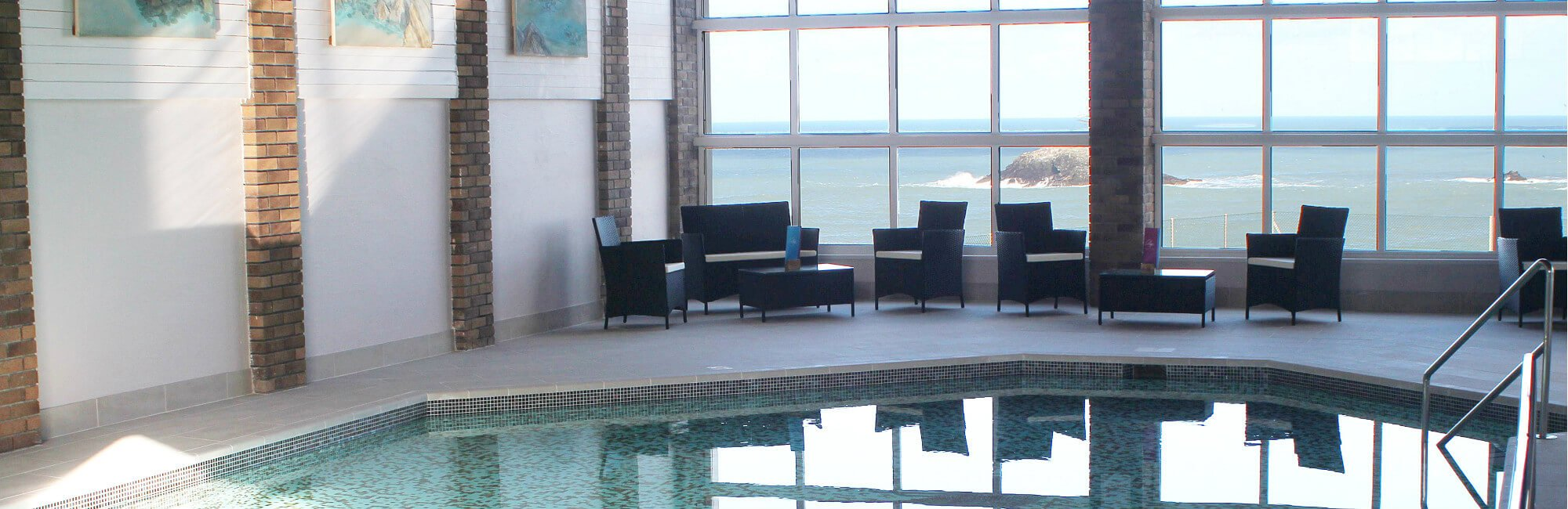 Crantock Bay Spa Pool - Holiday Apartments