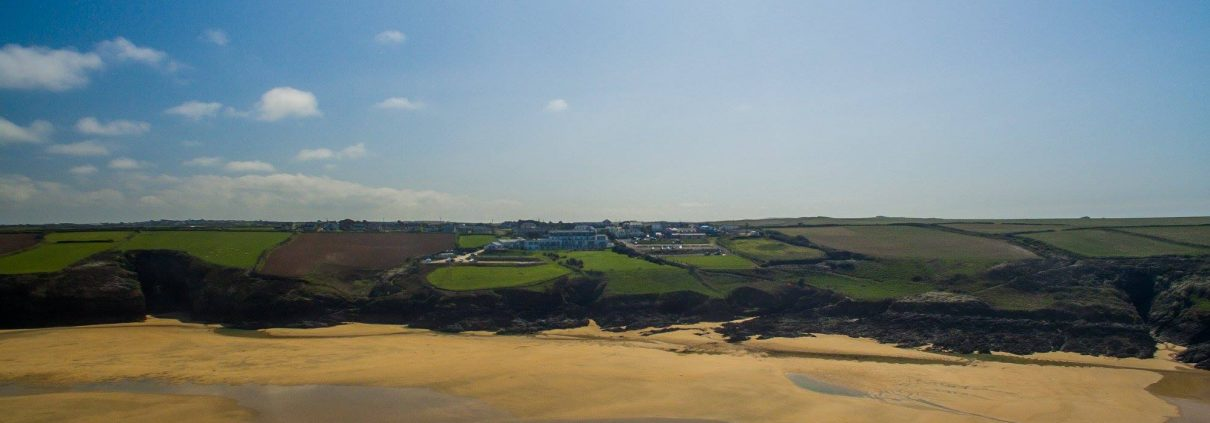 43663925 2020072428036374 1394332480919568384 o 1210x423 - 5 reasons why you should visit Cornwall this spring