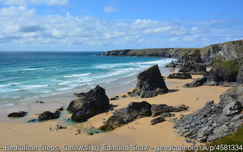 geograph 4581334 by Edmund Shaw 2 - Where to find dog friendly beaches in Cornwall this summer